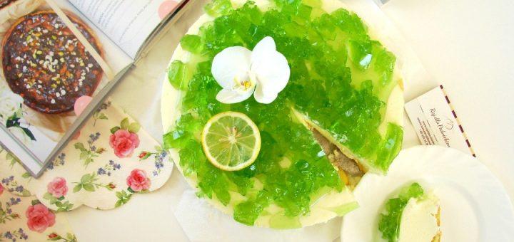 Sernik cytrynowy na zimno z zieloną galaretką