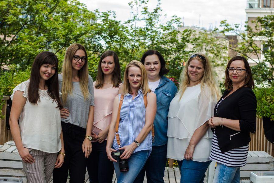 Redakcja Blogostrefy, w środku Magdalena Mizera