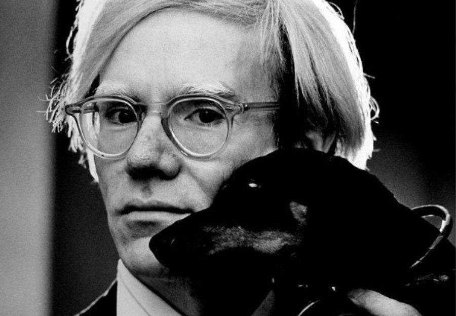 Andy Warhol, fot. Jack Mitchell, źródło: Wikipedia