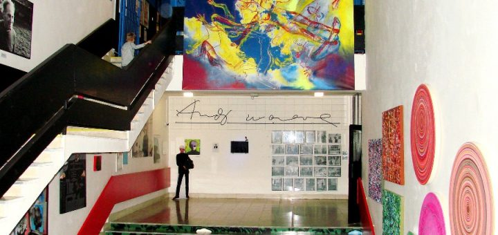Muzeum Sztuki Nowoczesnej Andy'ego Warhola w Medzilaboracach