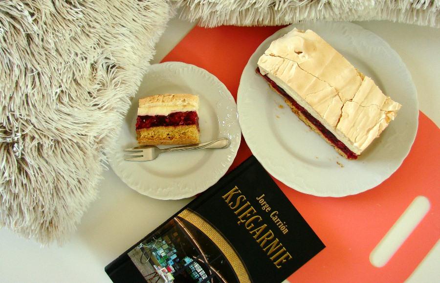 """Ciasto zwane Malinową chmurką i """"Księgarnie"""""""